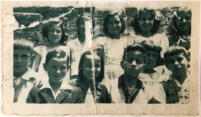 Sileda - Primeira no canto superior esquerdo - Foto: coleção Dra. Cora Spinelli