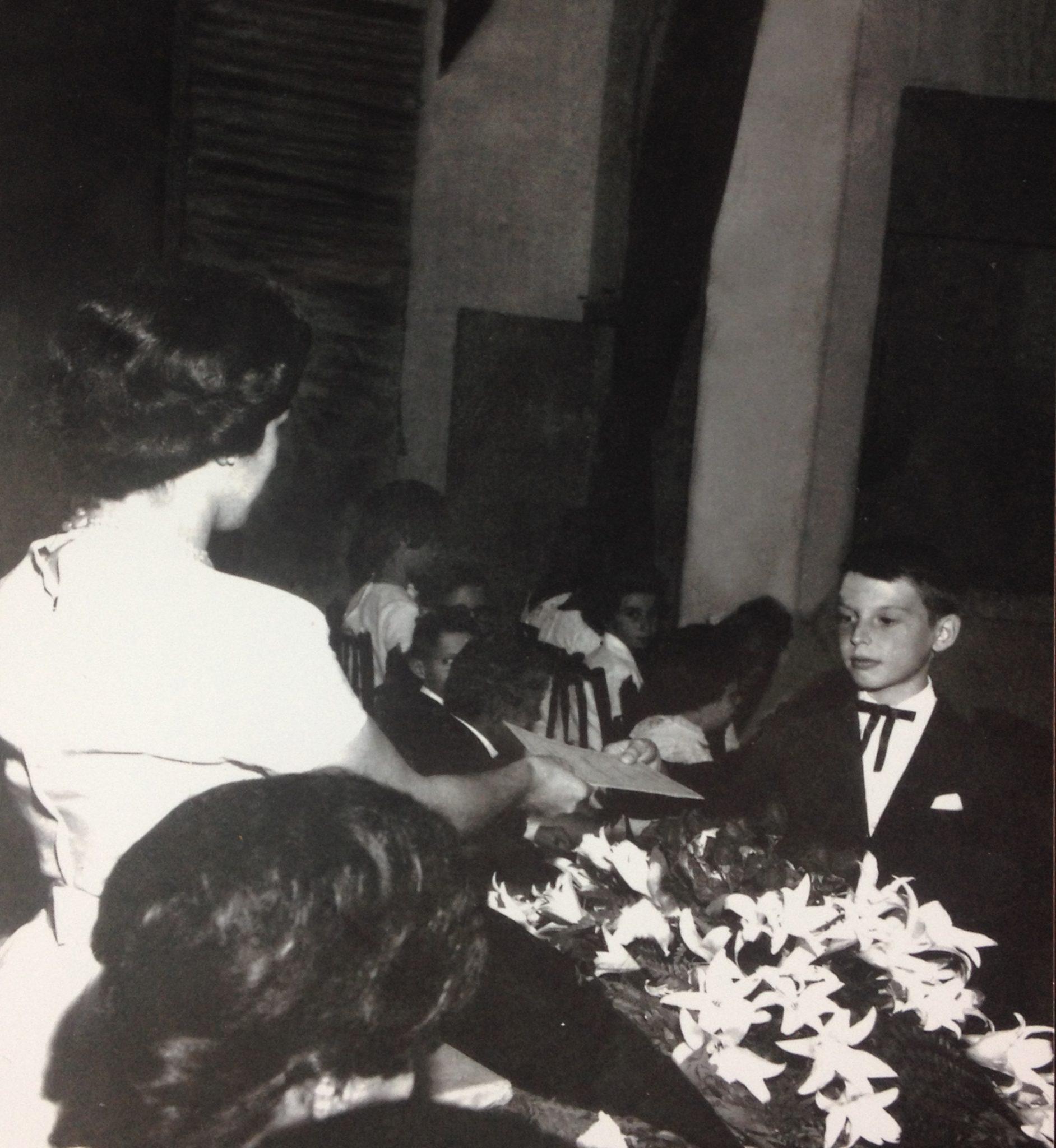 Diploma do 3º ano primário, Prof. Dona Maria Aparecida - Ano 1961